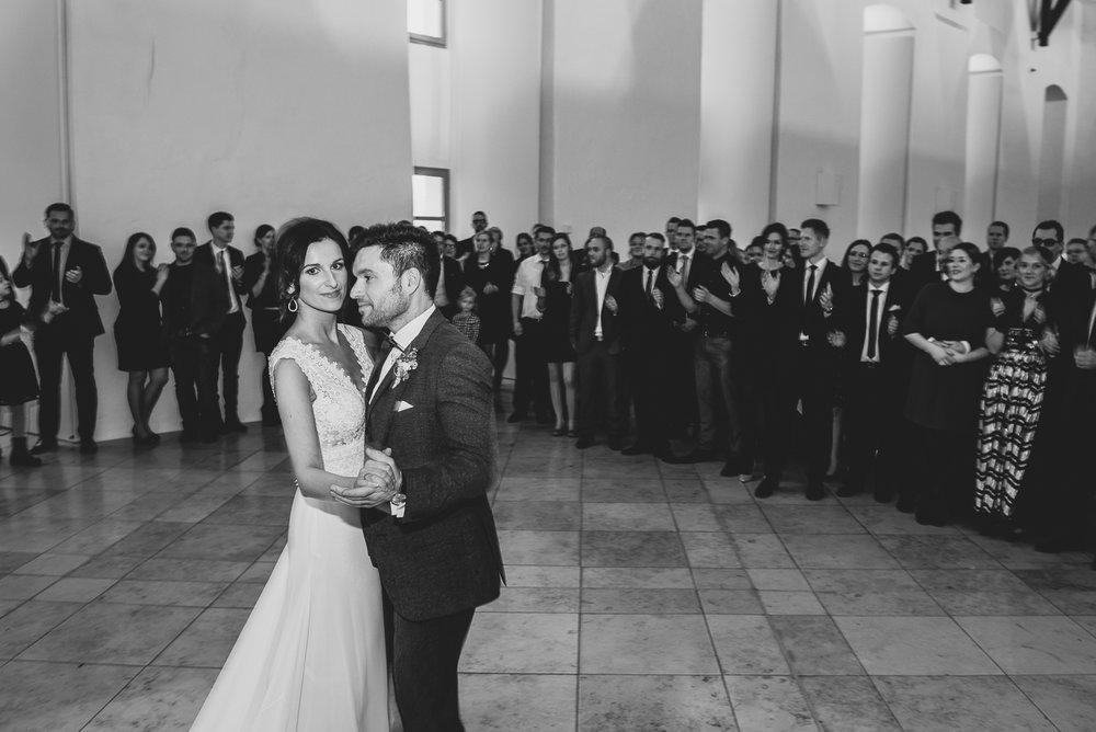 hochzeit-hochzeitsfotograf-straubing-wedding36.jpg