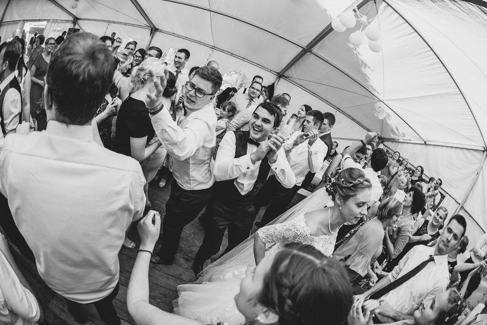 Hochzeitsfotograf-Straubing-edle Hochzeitsfotografie00027.jpg