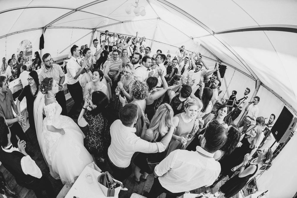 Hochzeitsfotograf-Straubing-edle Hochzeitsfotografie00028.jpg