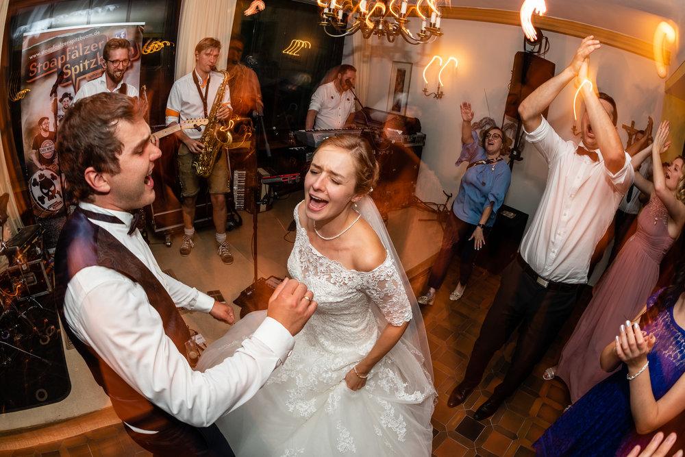 Hochzeitsfotograf-Straubing-edle Hochzeitsfotografie00030.jpg