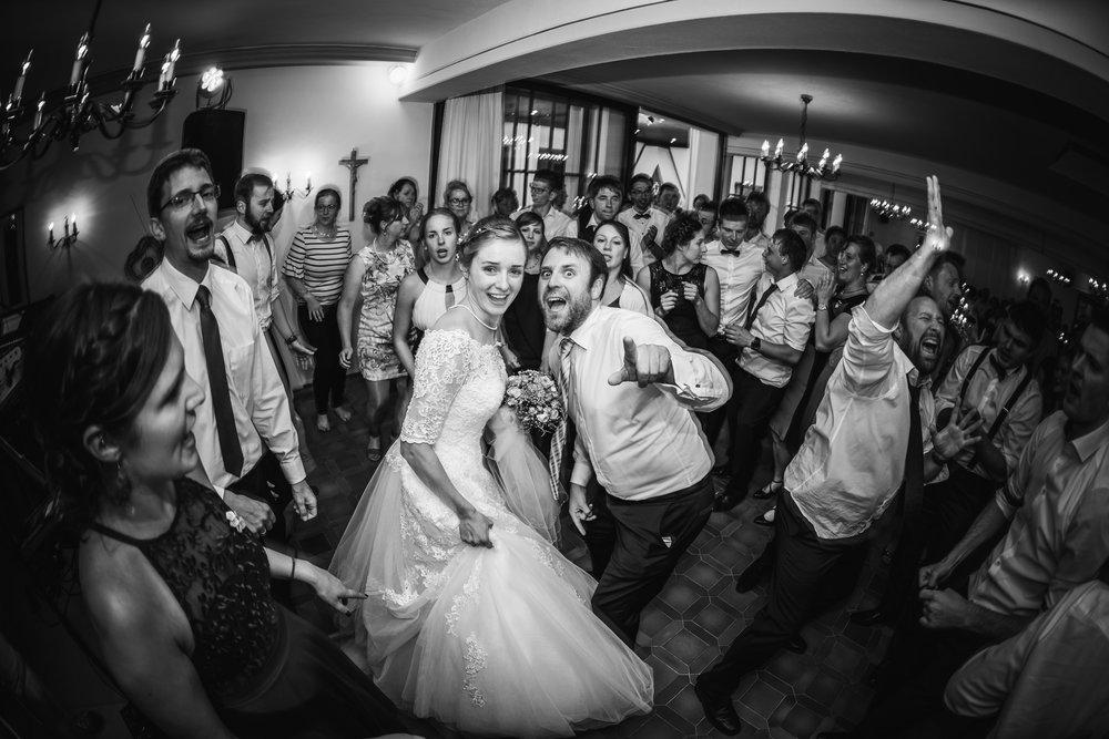 Hochzeitsfotograf-Straubing-edle Hochzeitsfotografie00033.jpg