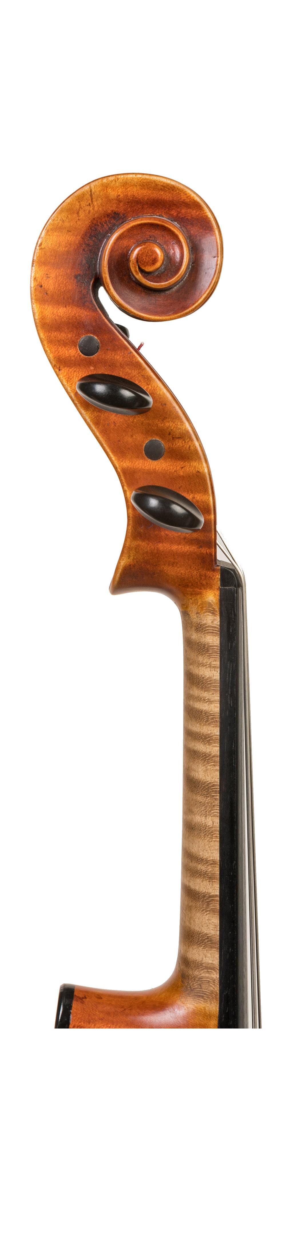 Heinrich Gill neck.jpg