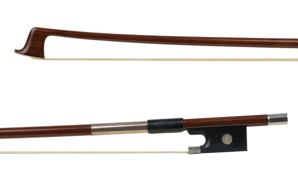 Jackson Fornaciari bow.jpg
