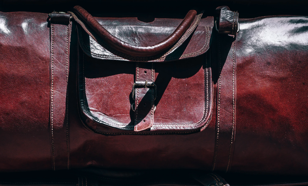 leather-purse-cleaning-tips