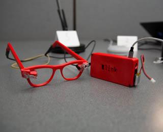 red2_sm.jpg