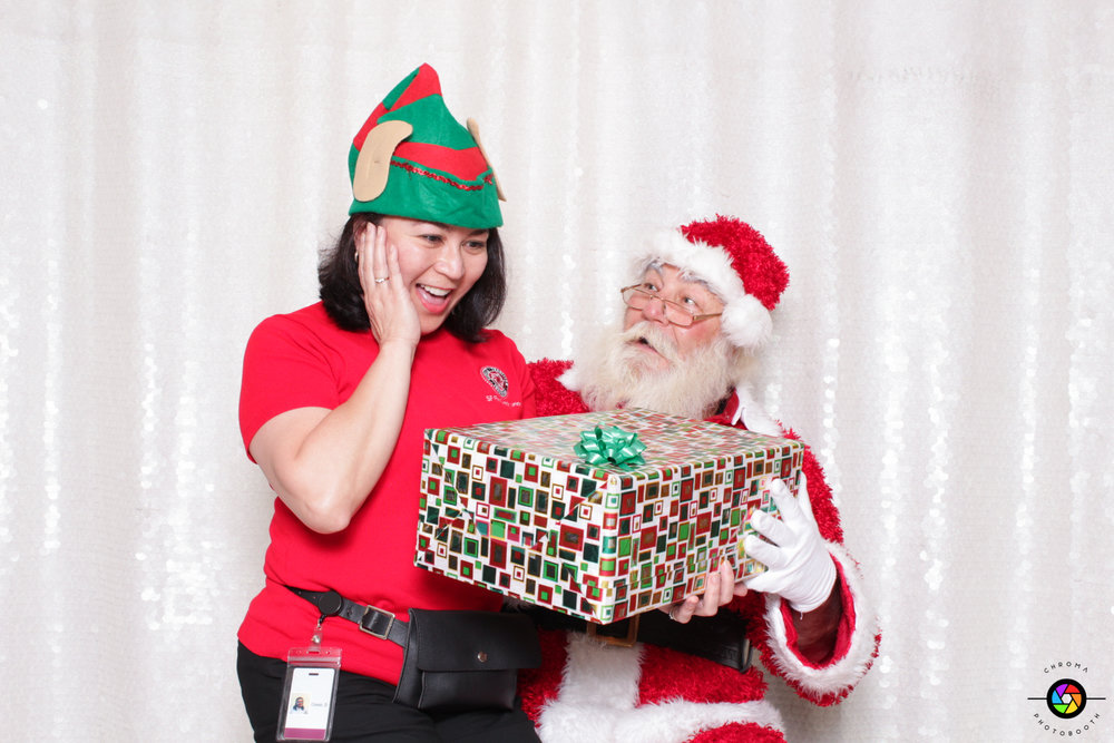 chroma Photobooth gifting