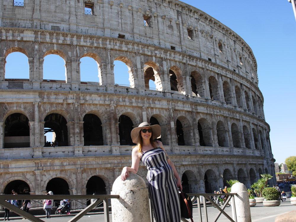 Candid Alexandra outside the Coliseum