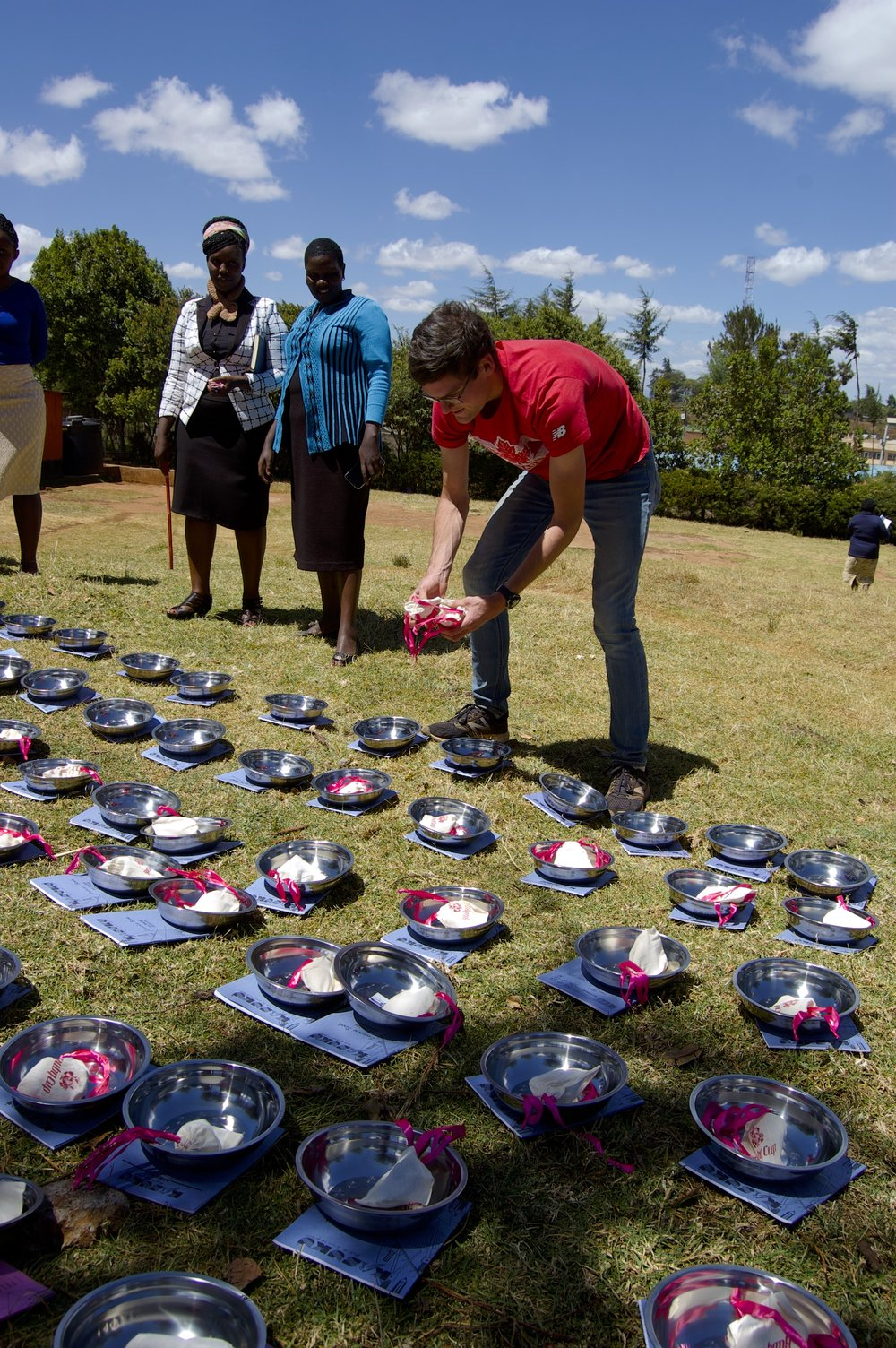Trevor making Rift Kits in front of an audience of very curious Kenyan teachers.