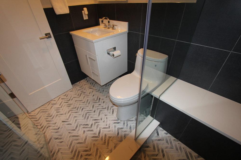 Energetic Bathroom Floor