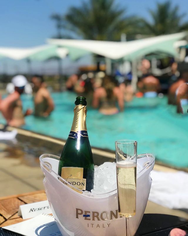 Pairing of the day: Rooftop Pool + Chandon 🥂 #sfwinesociety #sfwinetravels