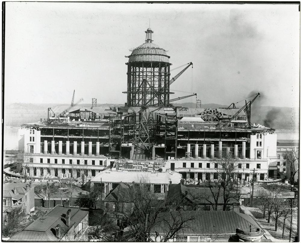 Missouri_State_Capitol construction ca. 1915.jpg