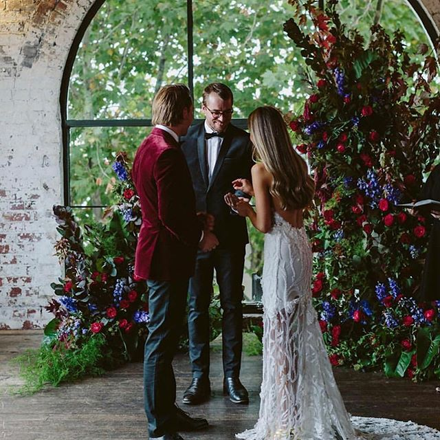 Get married among the tree tops 🌿 in the heart of buzzing Fitzroy, Victoria at the impressive @thepanamadiningroom. Housed on Level 3 in an Art Deco building, once the lift doors open the space really does take your breath away. Perfect for intimate weddings, receptions, engagement and birthday parties. 📷 @beckrocchiphotography
