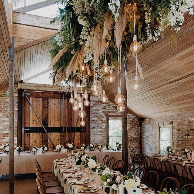 Located in Victoria's Mornington Peninsula, @tanglewoodestate is 100 acres ✨ of pristine bush land complete with its own chapel, winery and accomodation where you can turn your event into the ultimate weekend celebration for engagements, birthdays, retreats, weddings and more. 📷 @popupwithstyle