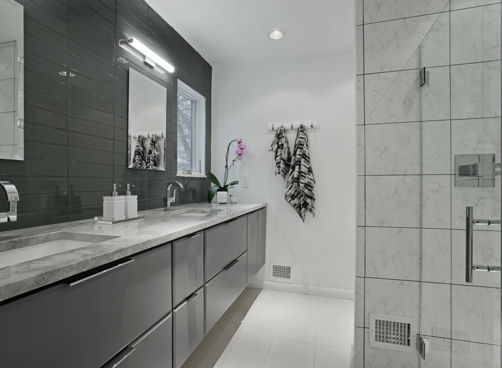 AFP_Modern_Masterbathroom-1-1200x880_c.jpg