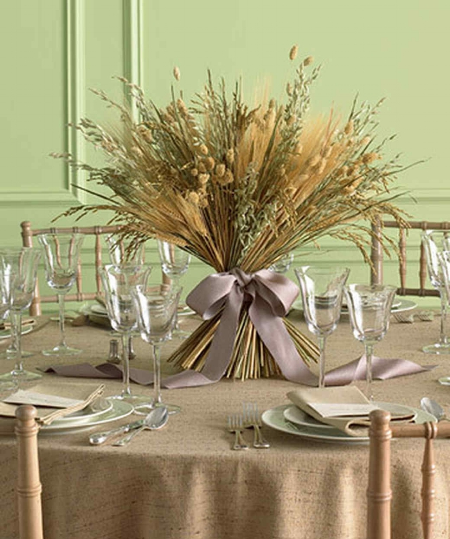 {Harvest Centerpiece. From:  Martha Stewart .}