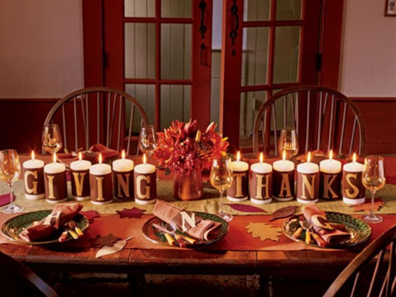 "{""Giving Thanks"" tablescape. From: Country Living.}"