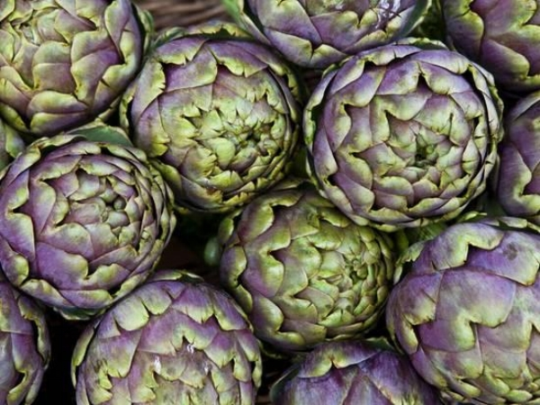 {Artichokes are stunning and add a brilliant pop of color to a kitchen wall.  Artichokes for Sale at Market at Campo De' Fiori  by  Richard l'Anson .}