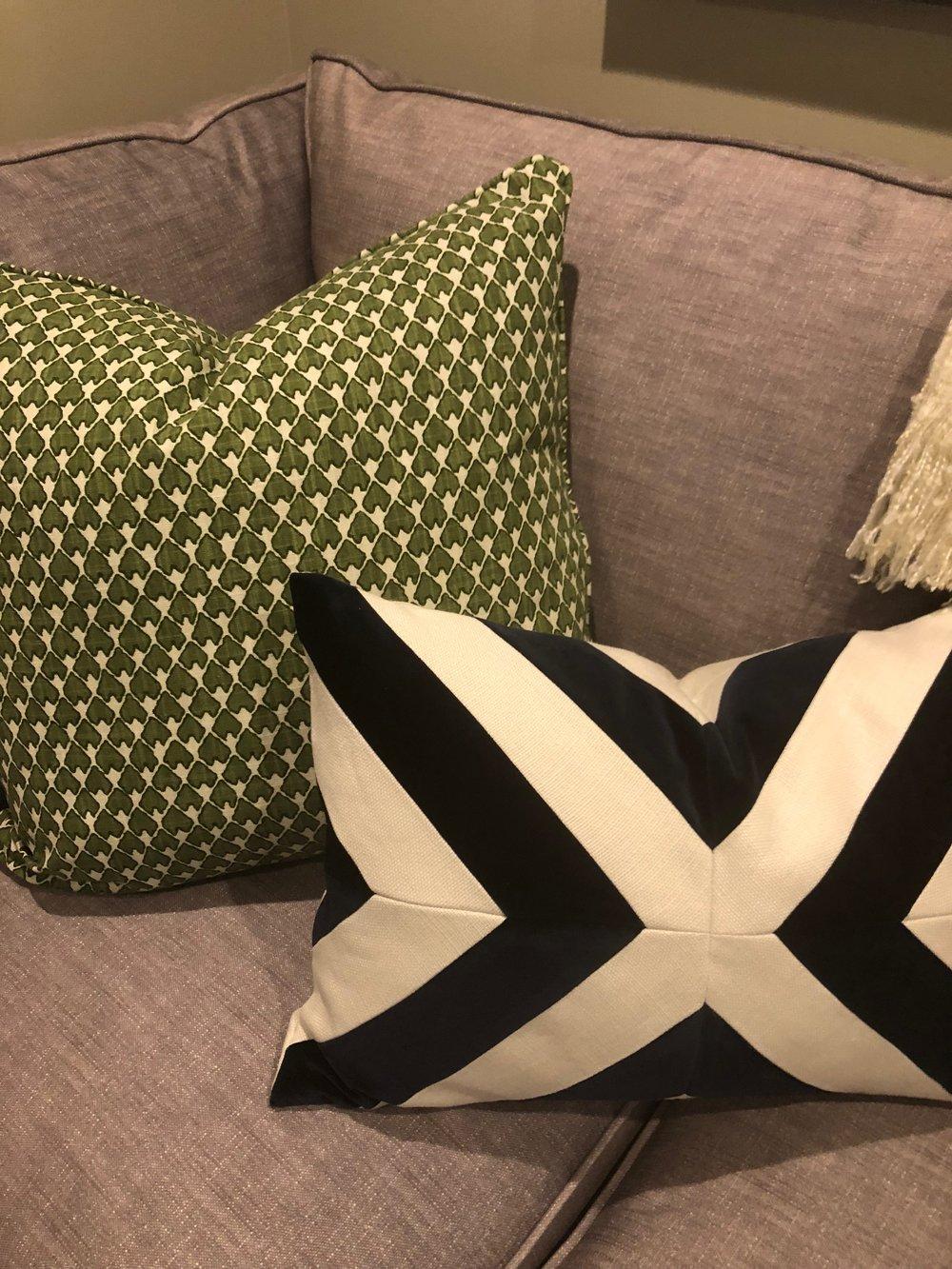 Pillowss.JPG