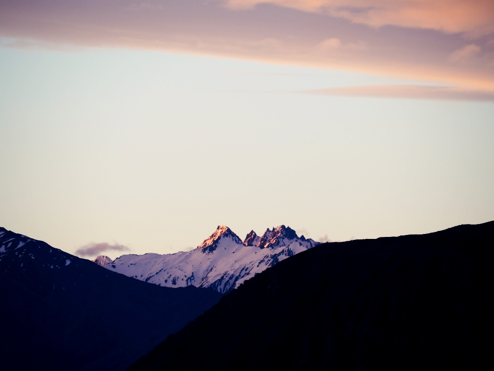 Sunset mountains.jpg