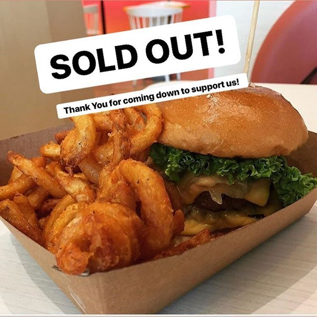 Last day of being here at Orchard Cineleisure and we ended with a BANG! 👊🏻 Sold out early on burger buns so huge THANK YOU for those who came down to support us!