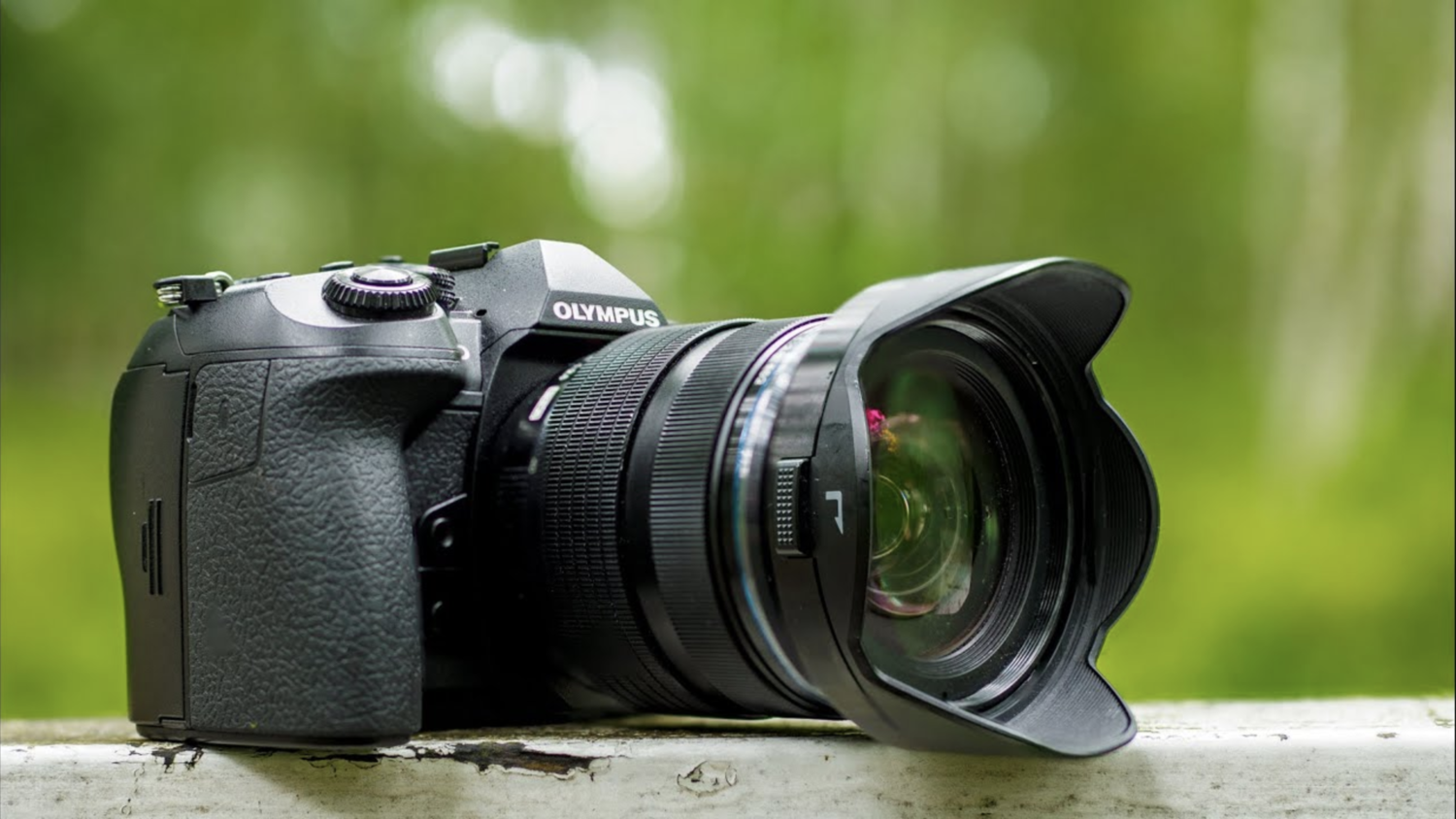 Olympus E-M1 MKII 12-40mm f2.8 PRO KIT - [Great deal with a DISCOUNT code]