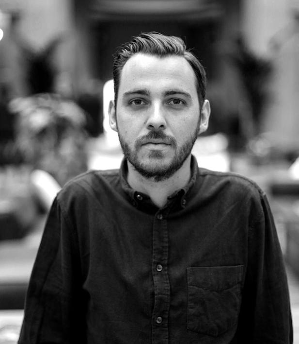 Victor Mantel - GraphisteVictor Mantel est un designer français. Il est spécialisé dans la création de concepts, la direction artistique et le design graphique pour l'art, la culture, les événements, la mode et le commerce. Après avoir vécu plus d'un an à Berlin, il est maintenant basé à Paris.Voir le travail de Victor ➝