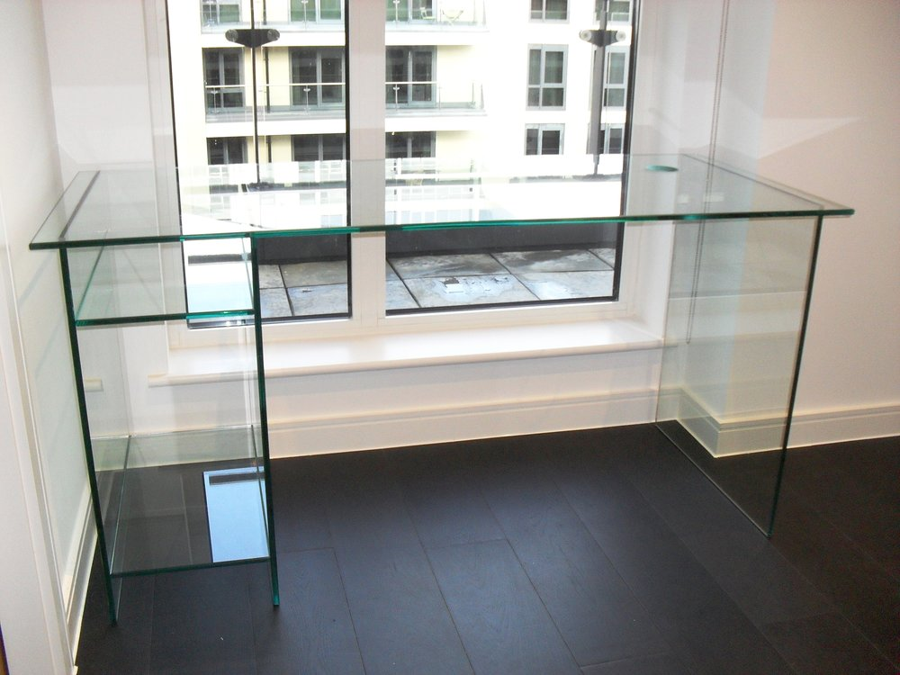 External Glass Glass Table - SW5 - London - Brompton Glass 1.JPG
