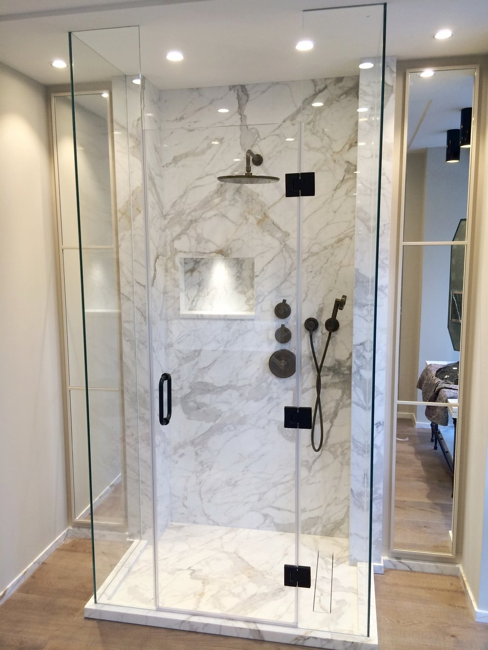 Shower Screens - SW5 - London - Brompton Glass 9.JPG