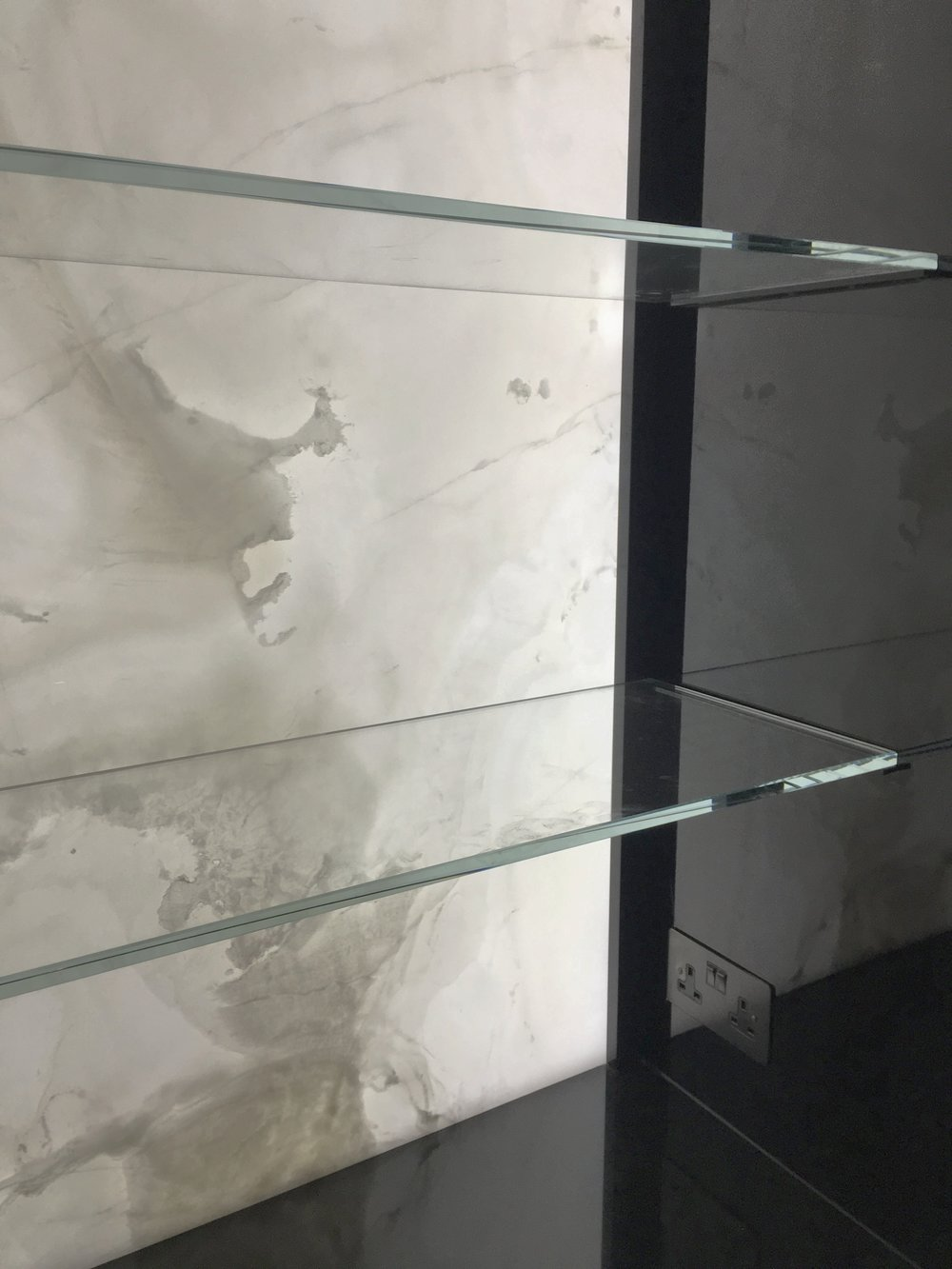 Glass Shelf - SW5 - London - Brompton Glass 2.JPG