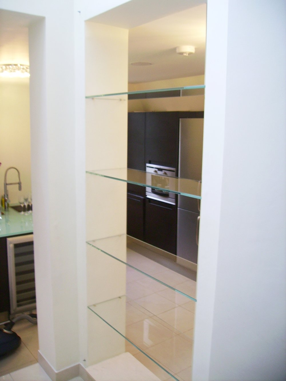 Glass Shelf - SW5 - London - Brompton Glass 1.JPG