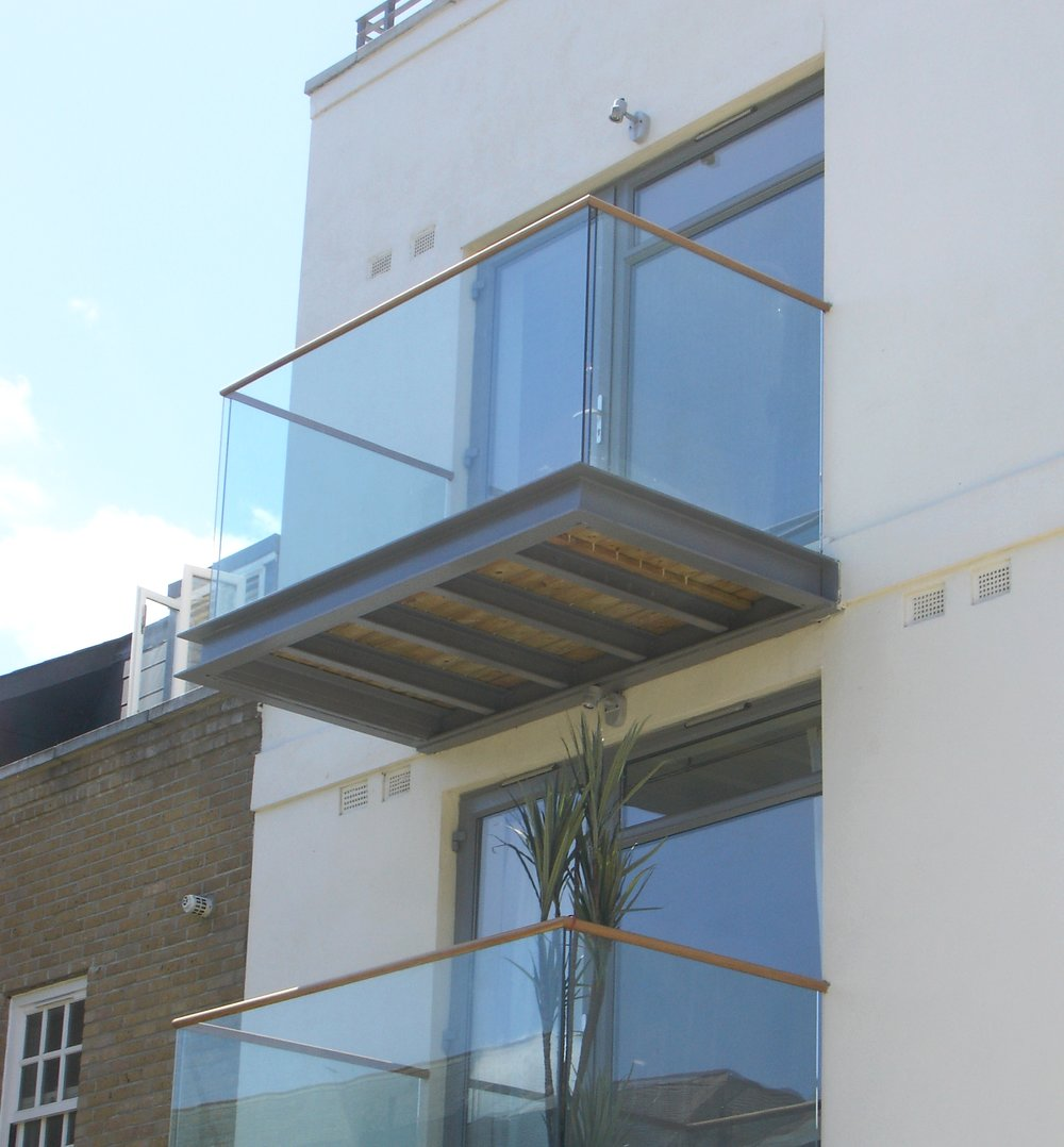 External Glass Balustrade - SW5 - London - Brompton Glass 1.jpg