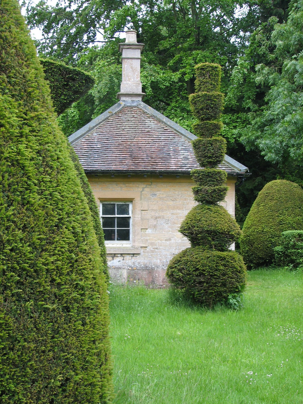 Yew Tree Avenue, Clipsham - - The Olive Branch and Beech House