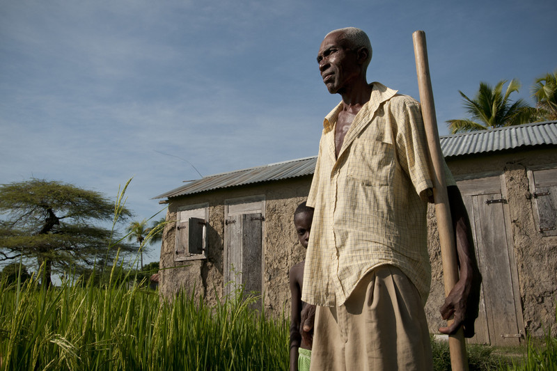 Rice farmer Pierre-Louis Elusmé, 64, at his home in Brocozele village in Haiti. (Photo: Brett Eloff / Oxfam America)