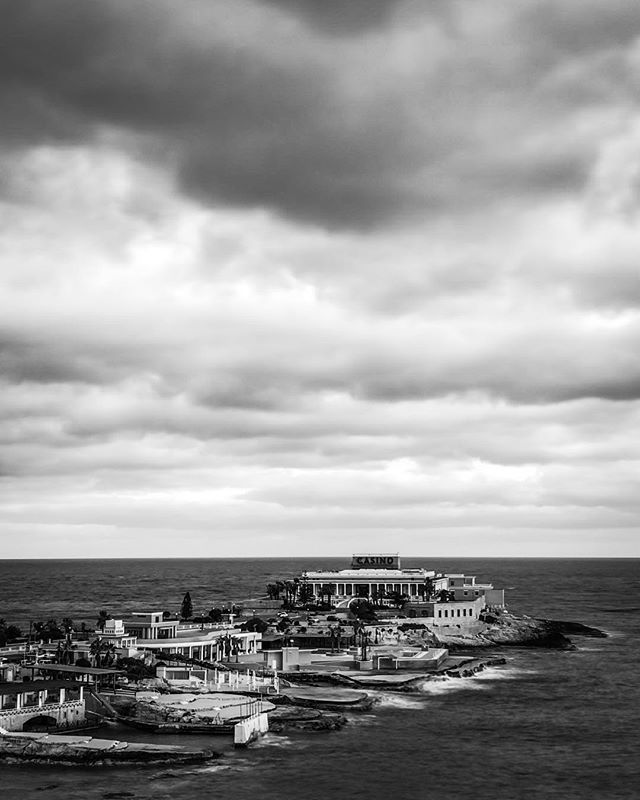 #b&w #iphone8plusphotography #le #cloudyday #stjulians #malta
