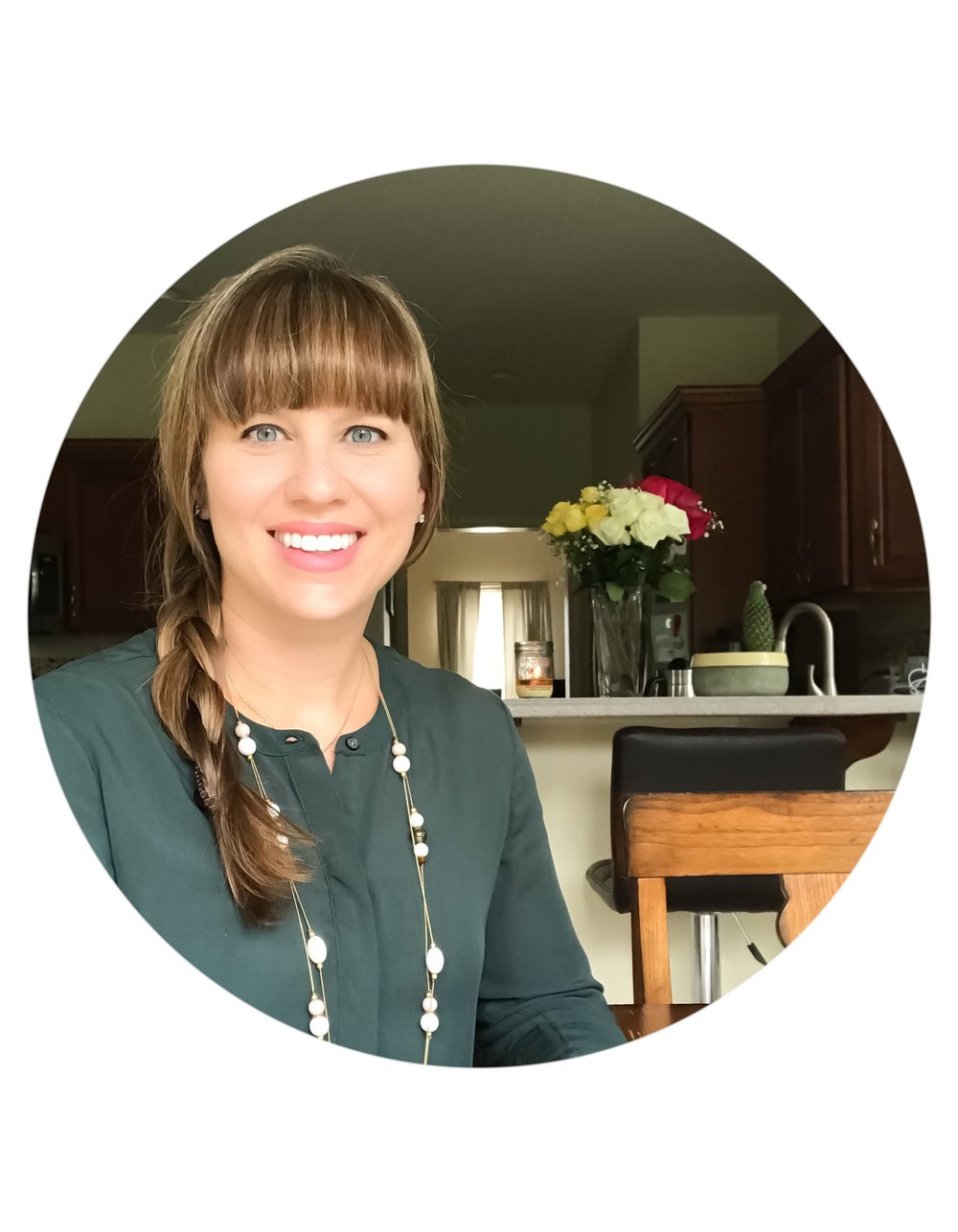 Hi, I'm Shauna and welcome to Balancing Bites Nutrition. My goal is to help you feel comfortable in your body and in control of your health through mindful eating and yoga. Thanks for visiting.