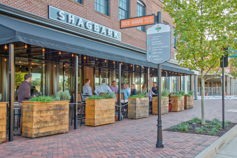 photo of shagbark patio with guests
