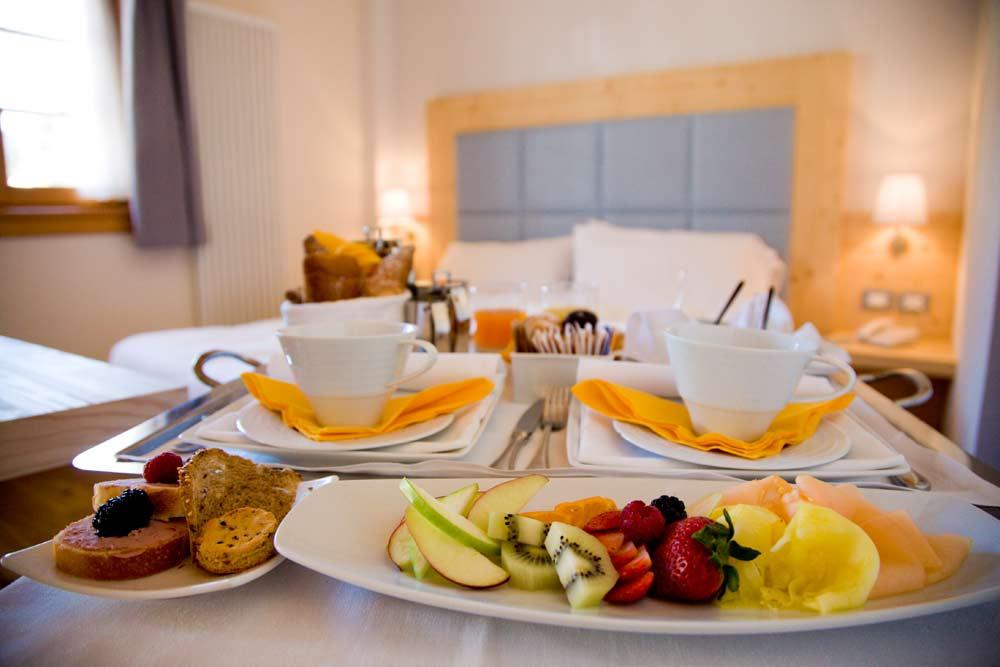 Gamba hotel service manifatture italia