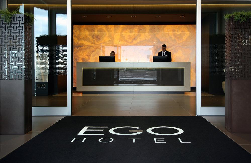 Gamba 1918 manifatture tessili realizzazioni contract service Hotel Ego Ancona Italy