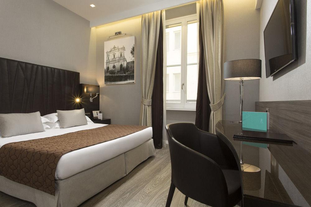 Hotel Artemide - Roma