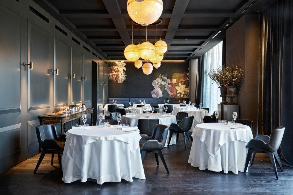 Morelli_Restaurant (2).JPG