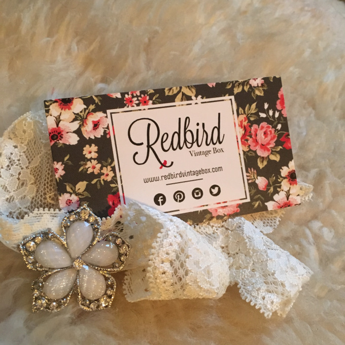 Redbird Vintage Box - The Kissters