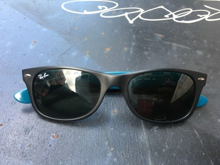 Ray Bans Purple Side - The Kissters