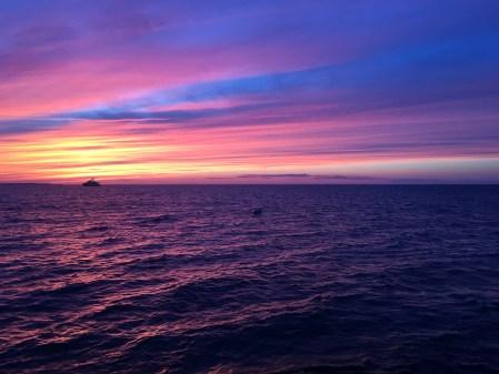 Hamptons Purple Sunset - The Kissters
