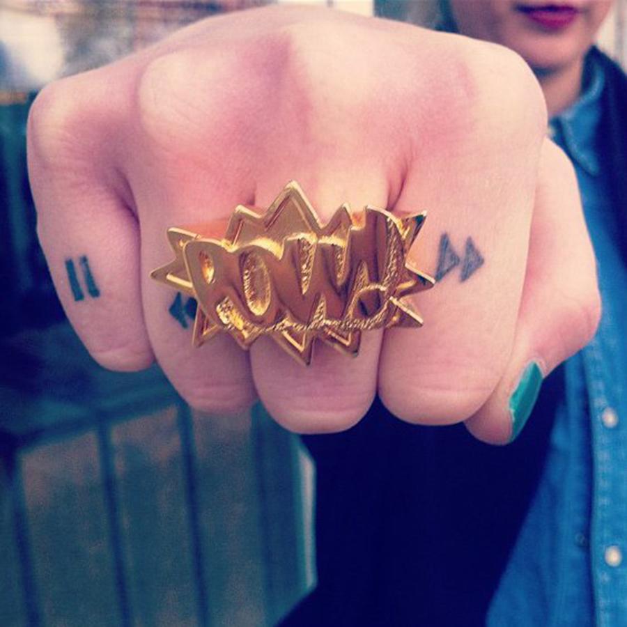 és ha több is összejönne, akkor tuti, hogy a maradékból csináltatok egy ilyen arany gyűrűt