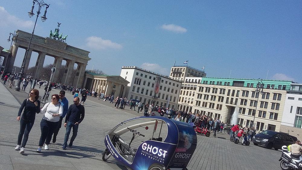 berlin elesett 02.jpg