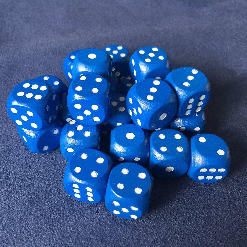 24 wooden dice
