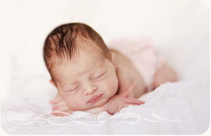 newborn baby photographer in sacramento