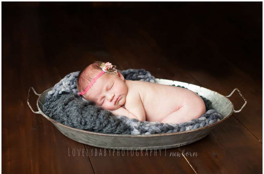 01 sacrameno newborn photographer
