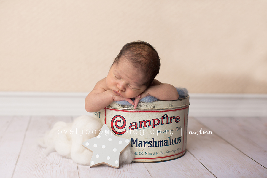 07 marshmallow tin newborn photography