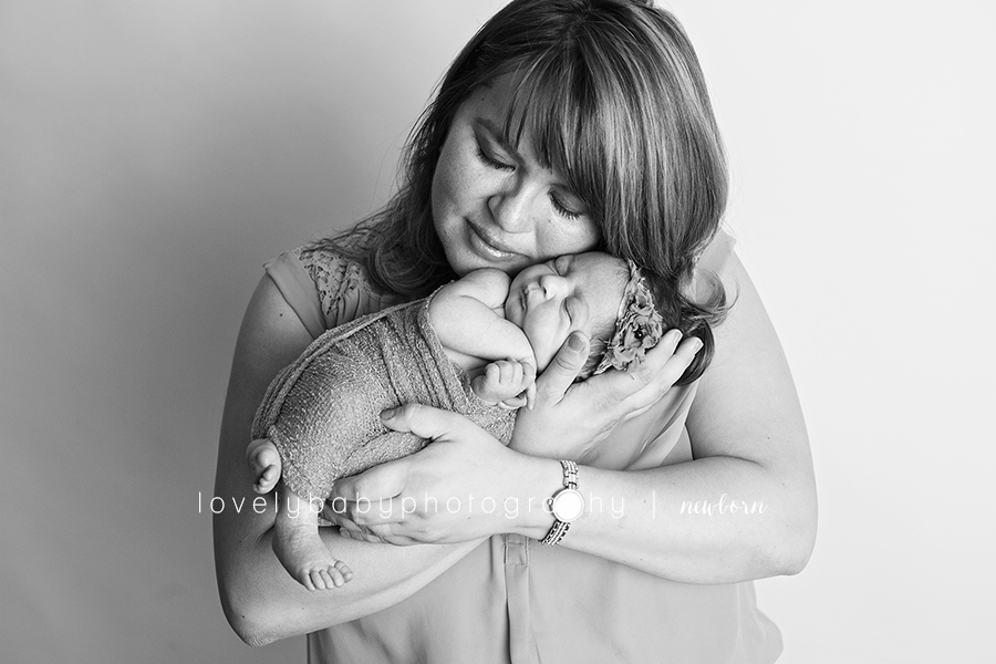 06 carmel valley newborn photographery